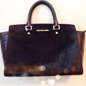 Michael kors black purse!